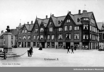 Det første Grand Hotell på Torget på Kirkelandet i Kristiansund