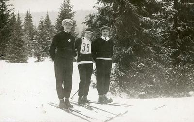 Sigmund Ruud med kamerater