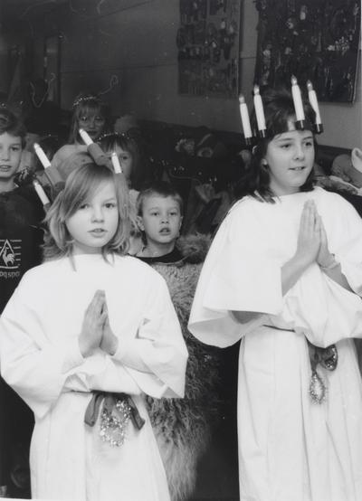 Luciafeiring på en av barneskolene