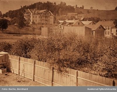Grand Hotel lå første på Helgesbråten