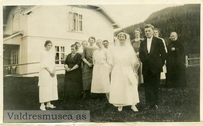 Bryllupsfoto av Olav og Anne Lundene