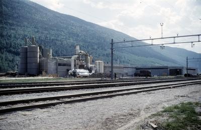 Muligens Sponplatefabrikken på Kvam i Gudbrandsdalen