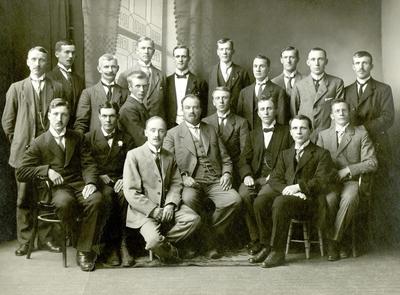 Klassebilde : Sløydkurs i Trondhjem 1918