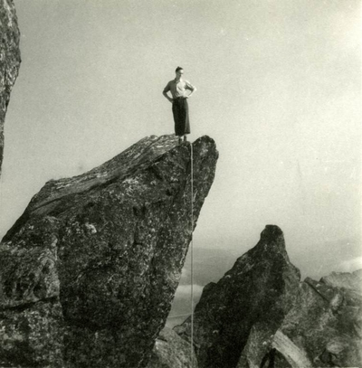 Fjellklatrer på fjelltopp