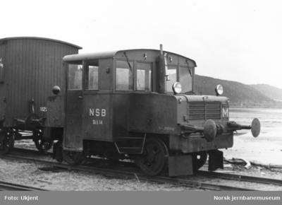 Skiftetraktor type 201 nr 14 på Verdal stasjon