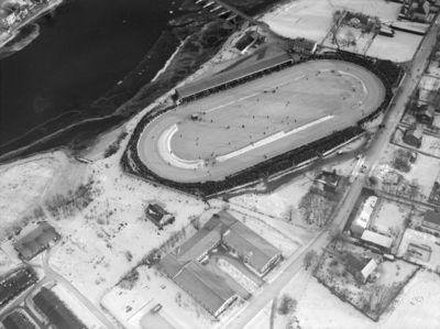 Flyfoto Stadion ved norgesmestersk. på skøiter