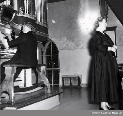 Kirsten Flagstad under en konsert i Eidsvoll kirke 28