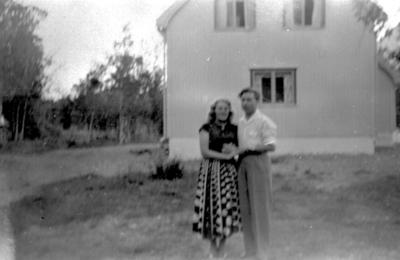 Gulborg Severinsen og Håkon Severinsen, Sønnli ca. 1955.