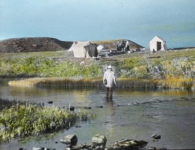 Fra foredragsrekken Landmålerlivet i Finnmark v/Axel Printz : Leir ved Gurteluobbal