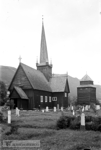 Vågåmo kirke