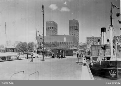 Rådhuset og Rådhusbryggene