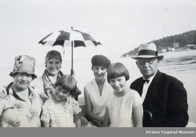 Fra venstre: Kirsten Flagstads mor Marie Flagstad