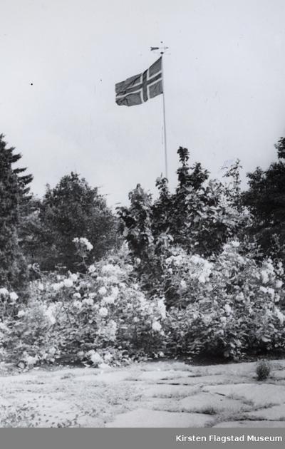 Flaggstanga på Kirsten Flagstads hjem Amalienborg i Kristiansand