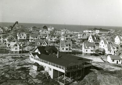 Utsikt över Smögen från Glommebergstornet.