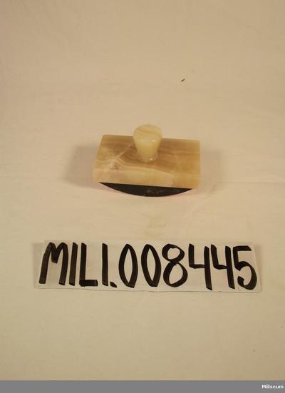 OMNIA - kontorsmaterial 6818f3c3c9ec9