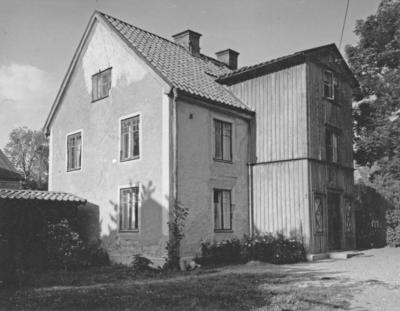 Enköping, kvarteret Rådmannen nr 5, Badhusgatan 3 - Västra Ringgatan, mot norr