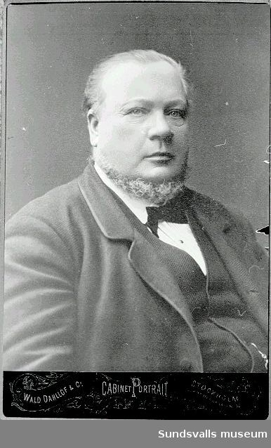 Johan August Enhörning (1824 - 1885), född i Grangärde, Dalarna. Från 1858 var han exportör av trävaror från Kubikenborgs lastageplats. 1868 uppförde han Kubikenborgs ångsåg. Han tog initiativet till byggandet av järnvägen Sundsvall - Ånge.