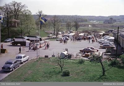 Lions loppmarknad vid Rumlaborg i Huskvarna.