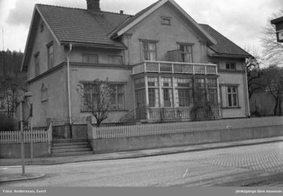 Ett bostadshus vid Drottninggatan i Huskvarna.