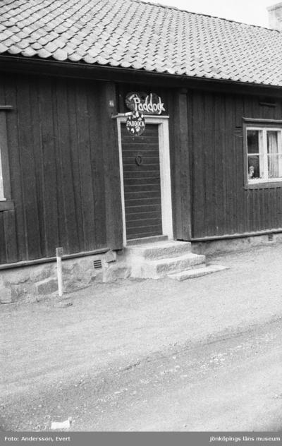 Paddock, en konstnär som har sin ateljé i Smedbyn i Huskvarna.