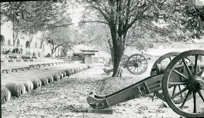 Armémuseum, artillerigården.