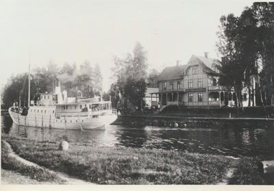 Karlsborg i början av 1900-talet. parti från Rödesund.