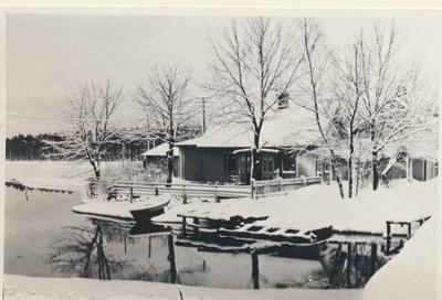 Karlsborg i början av 1900-talet. Vy från Karlsborg.