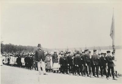 Karlsborg i början av 1900-talet.Unionsupplösningen firas.