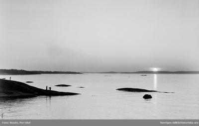 Solnedgång nedanför militärlägret.