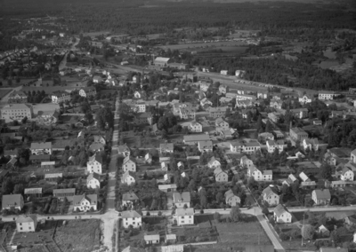 Flygfoto över Gislaved i Jönköpings län. Nr H 1979