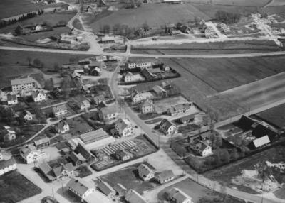 Flygfoto över Reftele i Gislaveds kommun, Jönköpings län. Nr R 1812