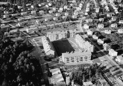 Flygfoto över Gislaved,  Jönköpings län. Nr 1643/1958
