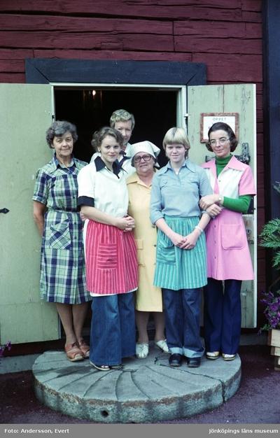 Personal på Kroatorpet i Huskvarna. Från vänster: Ragnhild Klein, gift Mårtensson (1), Alva Wiberg (2), Marita Falk (3), Ingeborg Gustavsson (4), Jeanette Jonsson (5) och Ingalill Björkqvist (6).