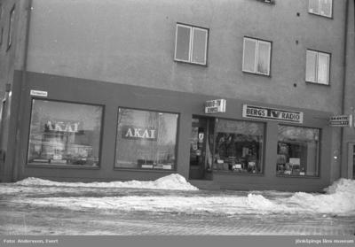 Bergs TV- och Radio affär vid Torsgatan i Huskvarna.