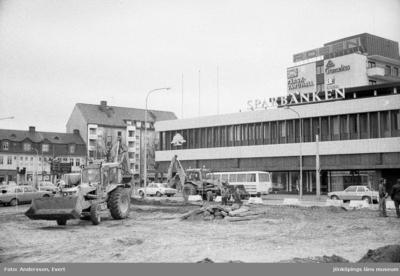 Schaktning vid Sparbanken i Huskvarna.