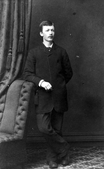 Oskar Stokke.