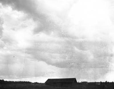 Moln över Åby. År 1906.