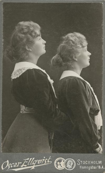 Porträtt av Ester Ellqvist-Bauer och hennes fem år äldre syster Gerda Ellqvist.