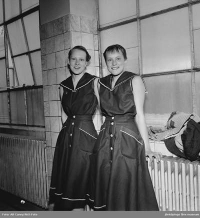 Systrarna Friberg i Huskvarna.