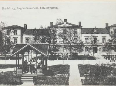 Karlsborg i början av 1900-talet.Ingeniörskårens befälsbyggnad.