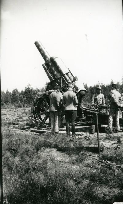 Haubits m/1917. 21 cm. B 18 i Skillingaryd.