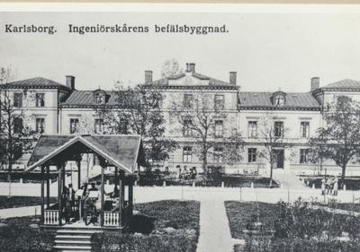 Karlsborg i början av 1900-talet. Ingeniörskårens befälsbyggnad.