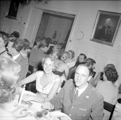 Efter att Hans och Ulla-Britta Thurfjell återkommit till Strängnäs arbetade hon på Fortenheten fram till pension.