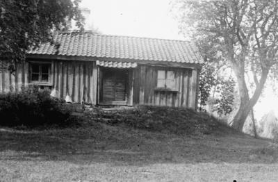 Första boningshuset på Björnhult i Reftele socken.