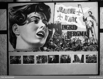 Saga-biografen på Köpmangatan affischerar om filmen Jeanne d'Arc med Ingrid Bergman i huvudrollen.