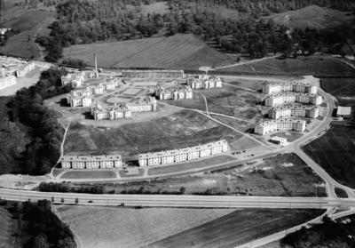 Flygfoto över Österängen i Jönköping. Nr 239/1956