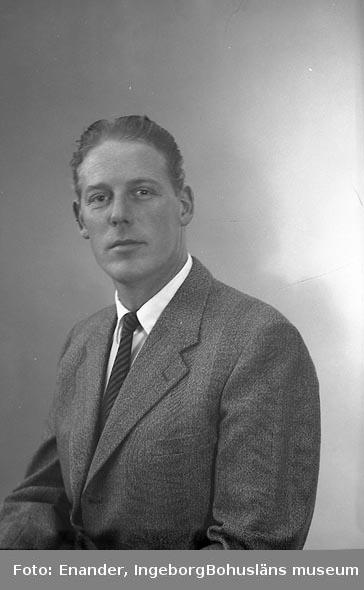 Enligt fotografens journal nr 9 1958-: Skeppstedt, Ragnar Verkm. Ragnar Skånska C. Stenungsund.