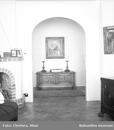 Text till bilden: Interiör hos Ragnar Larsson. 1947.02.06.