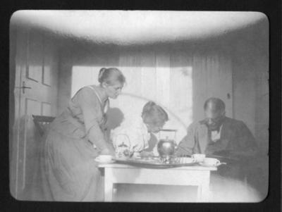 Eftermiddagste på Sundsby säteri 1920