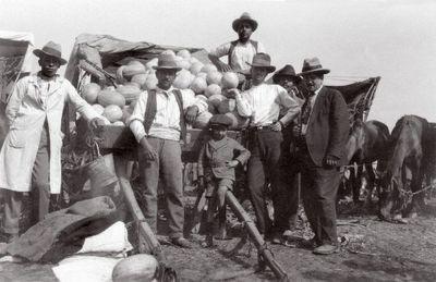 Santiago, meloninmyyjiä markkinoilla